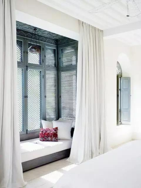飘窗窗帘到底怎么装 别让窗帘毁了你的浪漫飘窗