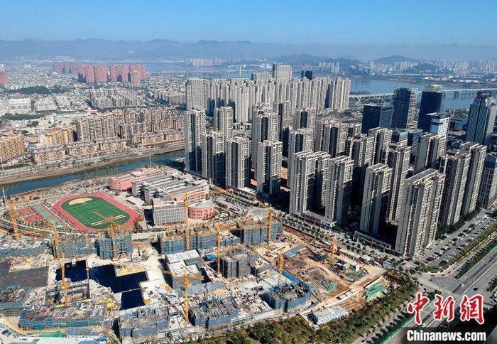 资料图:航拍一处新建住宅。 <a href='http://www.chinanews.com/'>中新社</a >记者 吕明 摄